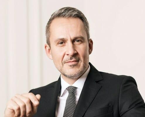 Marc R. Büttler